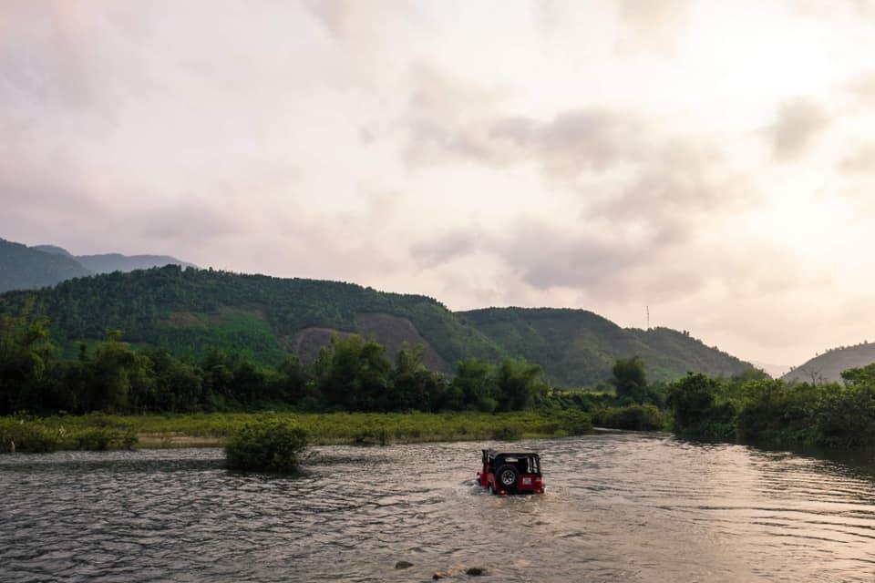 fj ngoài sông